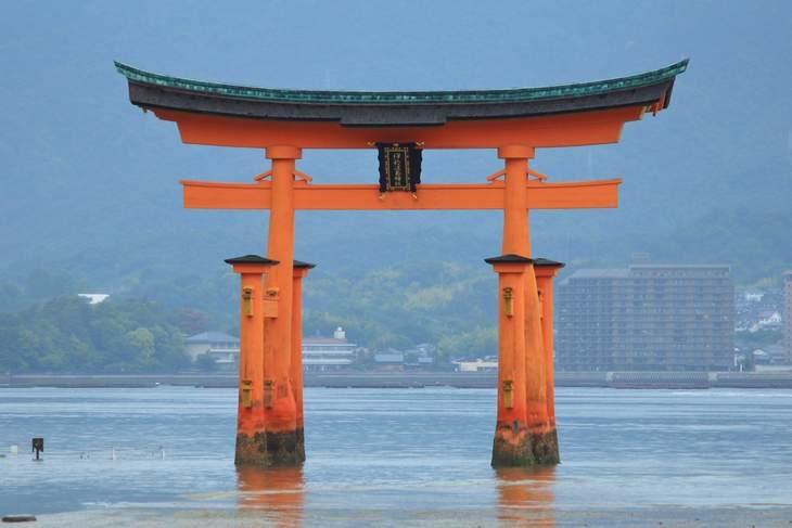 広島県 宮島 厳島神社の鳥居