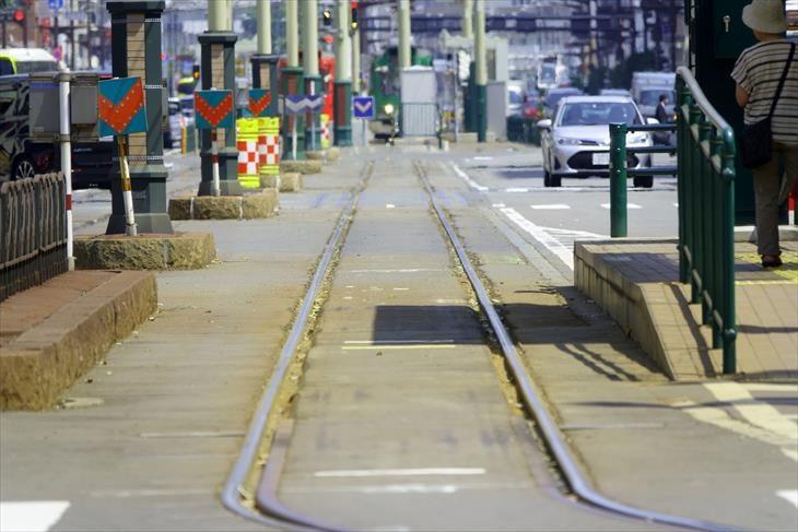 札幌 資生館小学校前駅の路面電車の線路