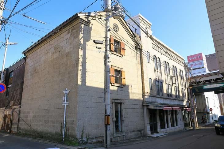 旧丸ヨ白方支店 倉庫
