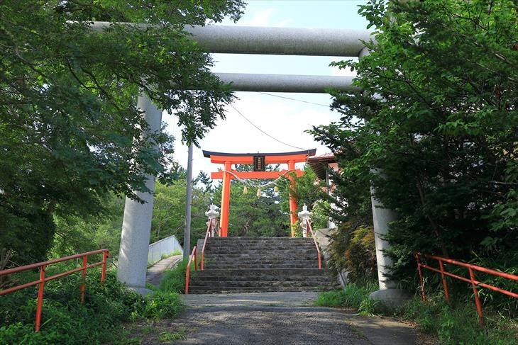 高島稲荷神社 鳥居