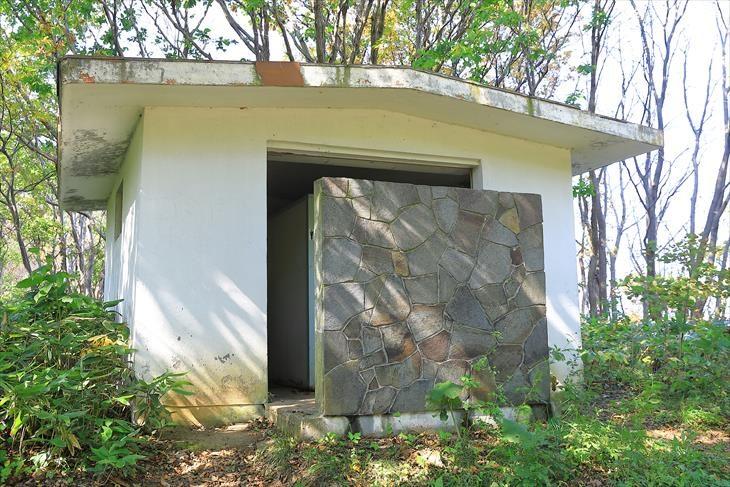 赤岩山公衆トイレ