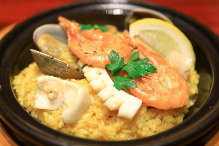 小樽 GOLDSTONE CAFE 魚介のパエリア