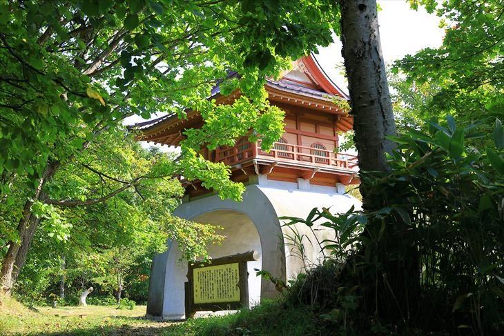 オタモイ唐門