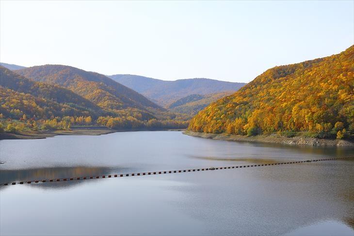 朝里ダムとオタルナイ湖