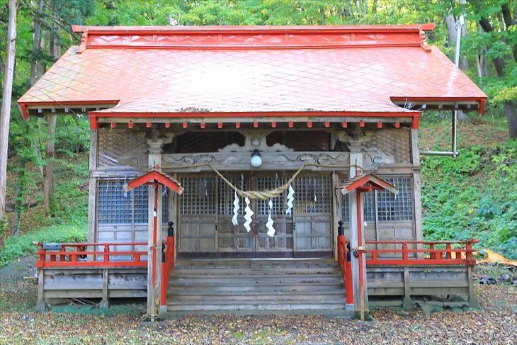 塩谷神社 社殿