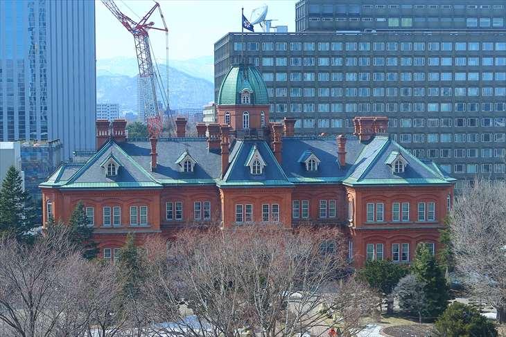 テラス計画から見た赤れんが庁舎 初春
