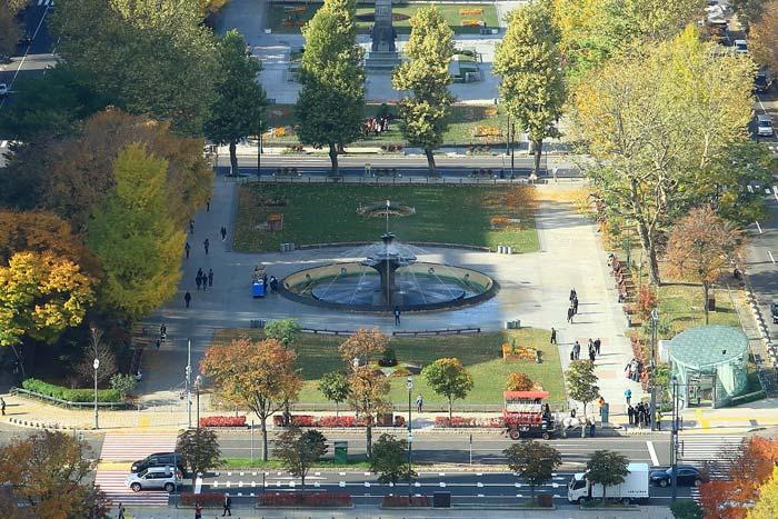 大通公園4丁目の風景