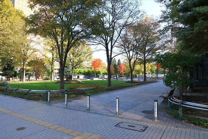 大通公園2丁目の風景