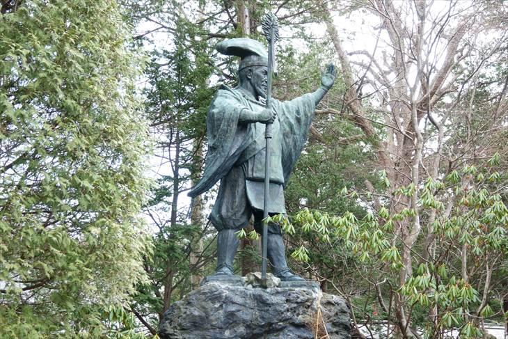 島義勇判官銅像