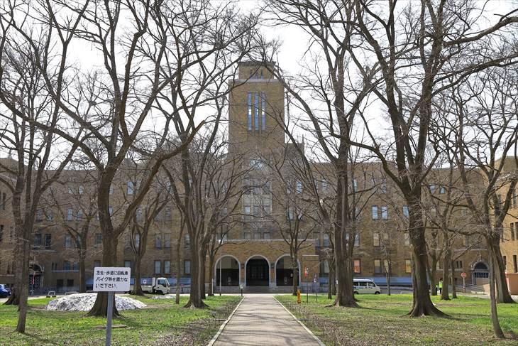 北海道大学農学部校舎