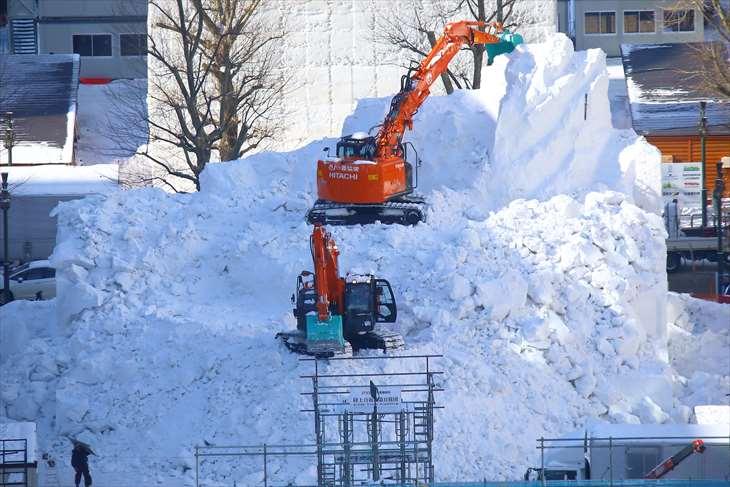 さっぽろ雪まつり雪像 解体