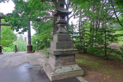 厚別神社 石灯籠