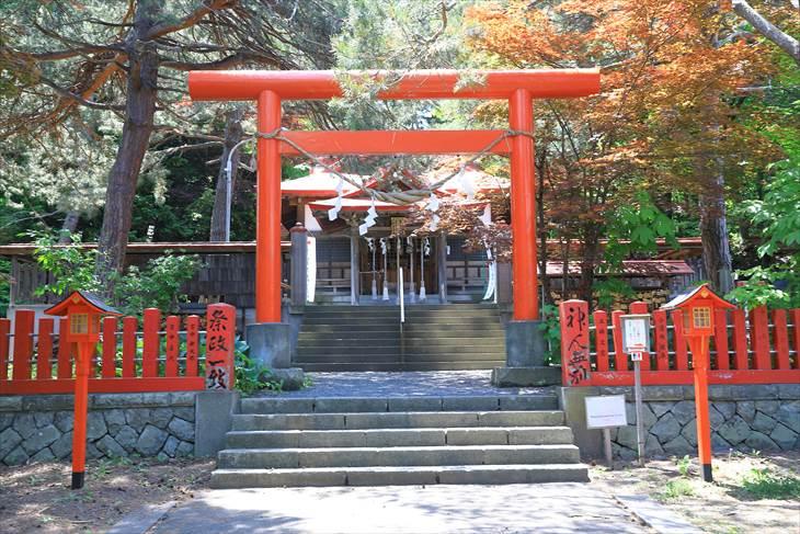 札幌伏見稲荷神社 拝殿