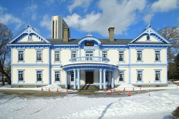 豊平館と雪