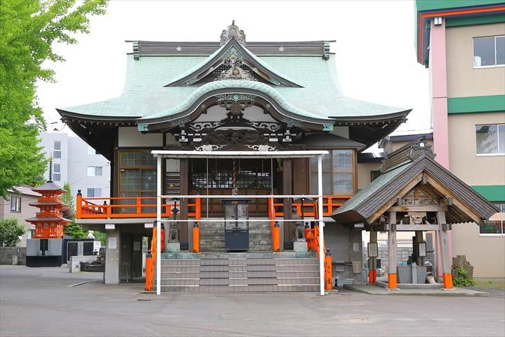 妙見山 本龍寺 妙見堂
