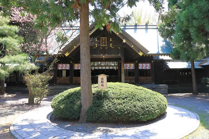 琴似神社 拝殿