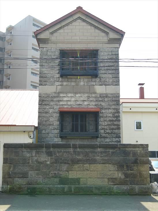 黒田家住宅主屋と蔵