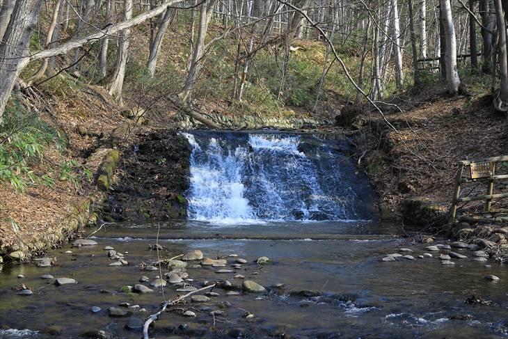 旧西岡水源池取水塔