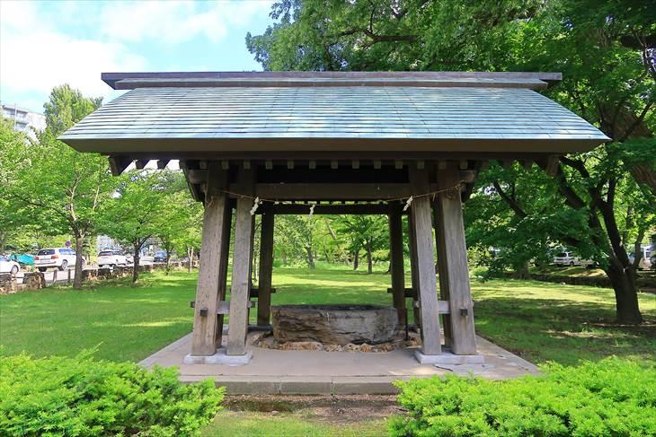 札幌護国神社の手水舎