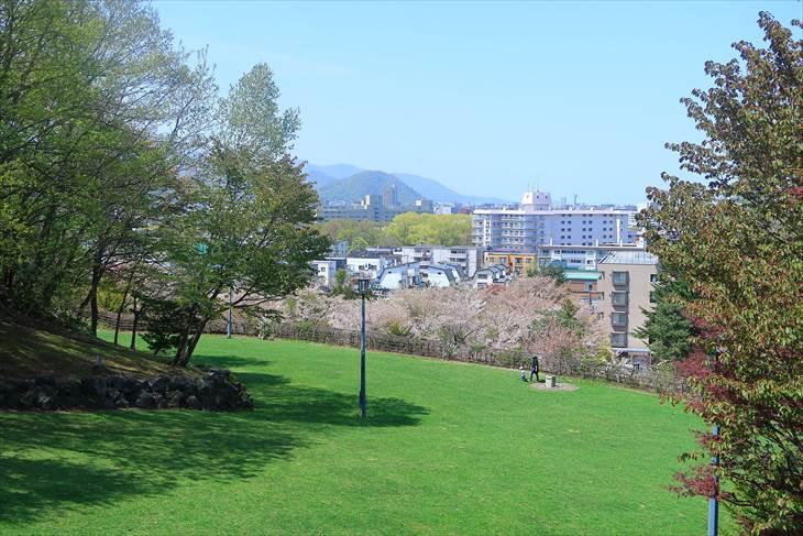 天神山緑地