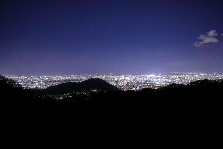 幌見峠展望駐車場からの夜景