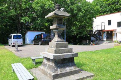上手稲神社 石灯籠