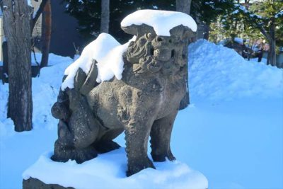 苗穂神社の狛犬様 冬