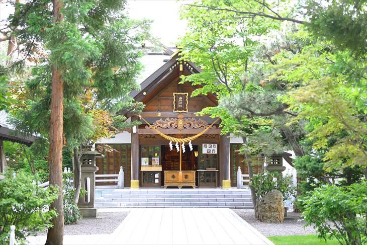 西野神社 参道