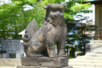 烈々布神社 狛犬