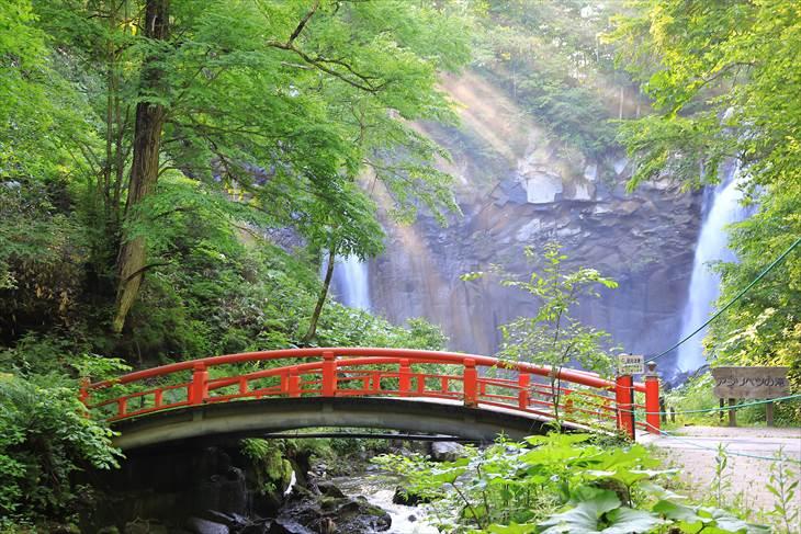 滝野すずらん丘陵公園 渓流ゾーン あしりべつの滝