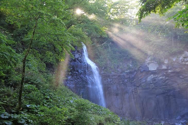 滝野すずらん丘陵公園 渓流ゾーン 女滝