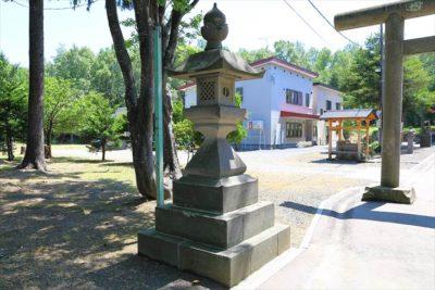 石山神社 石灯籠