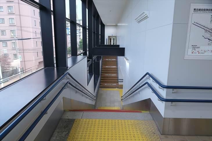 札幌市営地下鉄南北線 自衛隊前駅