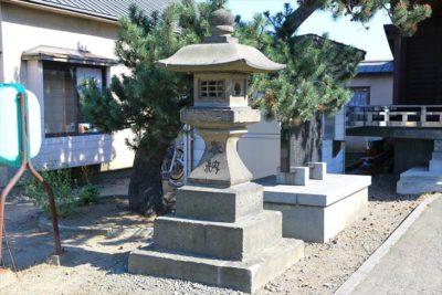 瑞穂神社(札幌)石灯籠