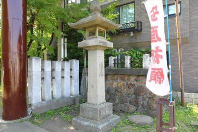 豊平神社 石灯籠
