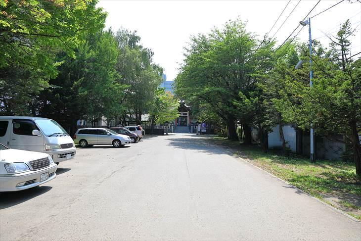 豊平神社 駐車場
