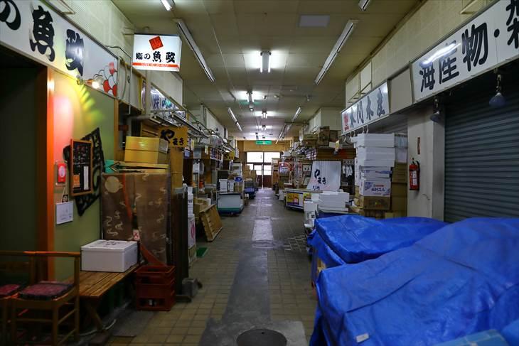 さっぽろ朝市(札幌市中央卸売市場 場外市場外)