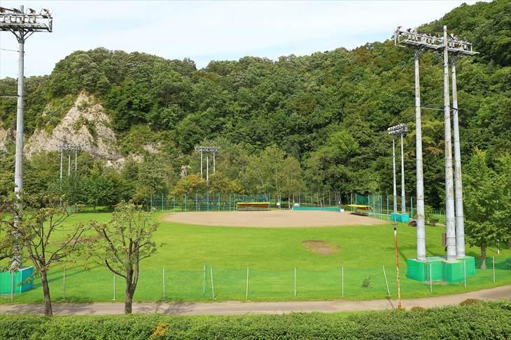藻南公園 野球場
