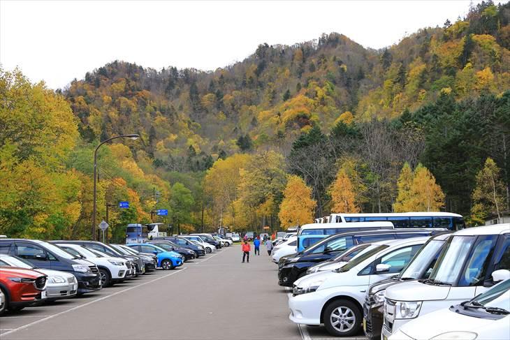 豊平峡ダムの駐車場