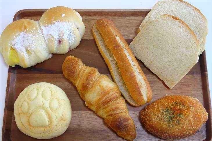 シロクマベーカリーのパン