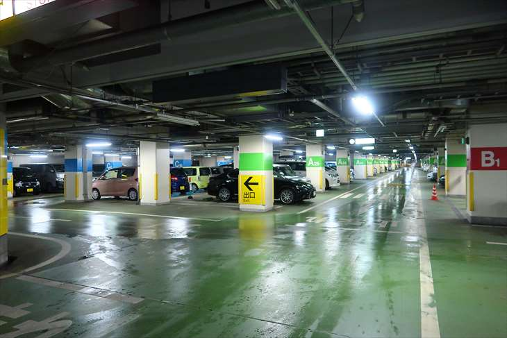 北一条地下駐車場