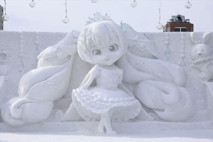 さっぽろ雪まつり・大通公園11丁目・【小雪像】雪ミク(初音ミク)Snow Princess Ver.