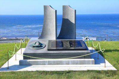 ラペルーズ顕彰記念碑