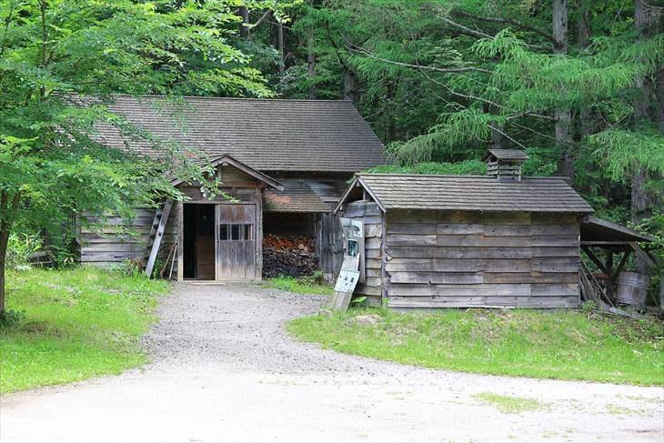 五郎の石の家・最初の家